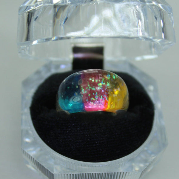 Vintage Lucite Ring Rainbow Dome with Sparkles Clear Blue Yellow Pink