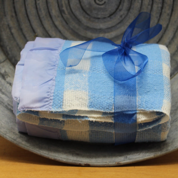 "Unbranded Acrylic Blend Blanket - Blue White Checks Vintage Cottage Chic 60"" X 90"""