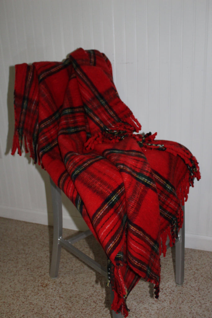 Acrylic Blend Throw B Altman Made Italy Red Tartan Plaid Heavy Dense heavy
