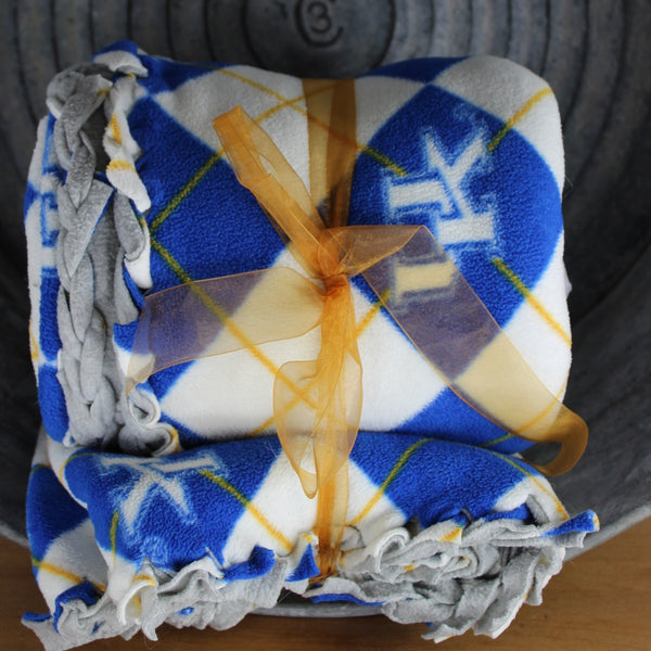 UK stadium blanket appears hand made unusual and fund plaid in the right KY colors