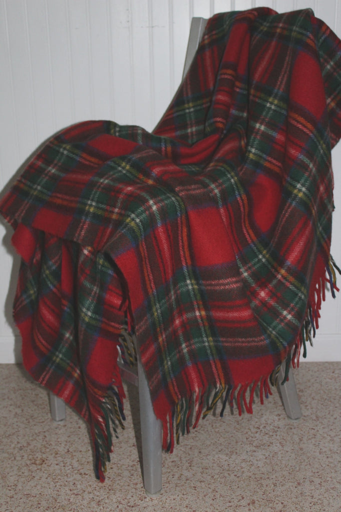 "Horner Wool Fringed Throw 51"" X 63"" Red Tartan Plaid Heavy Soft Nap Excellent 1950s blanket"