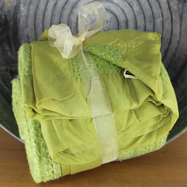 "North Star Chatham Acrylic Blanket -Variegated Sharp Green Thermal Weave ~ 89"" X 82"""