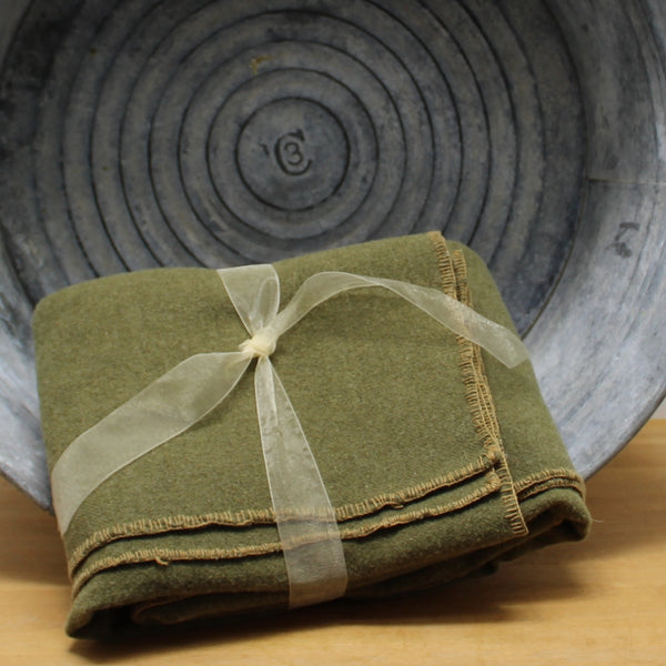 "Military Wool Blanket - Estate Note marked WW1 ~ Olive Green - 55"" X 74"""