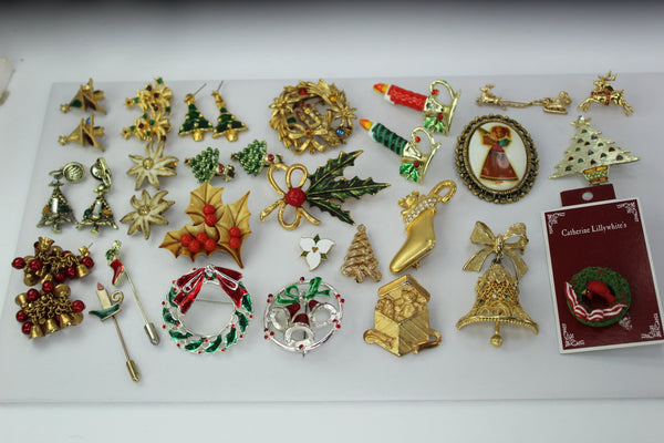 Collection Vintage Christmas 26 Pins Earrings 38 Charms