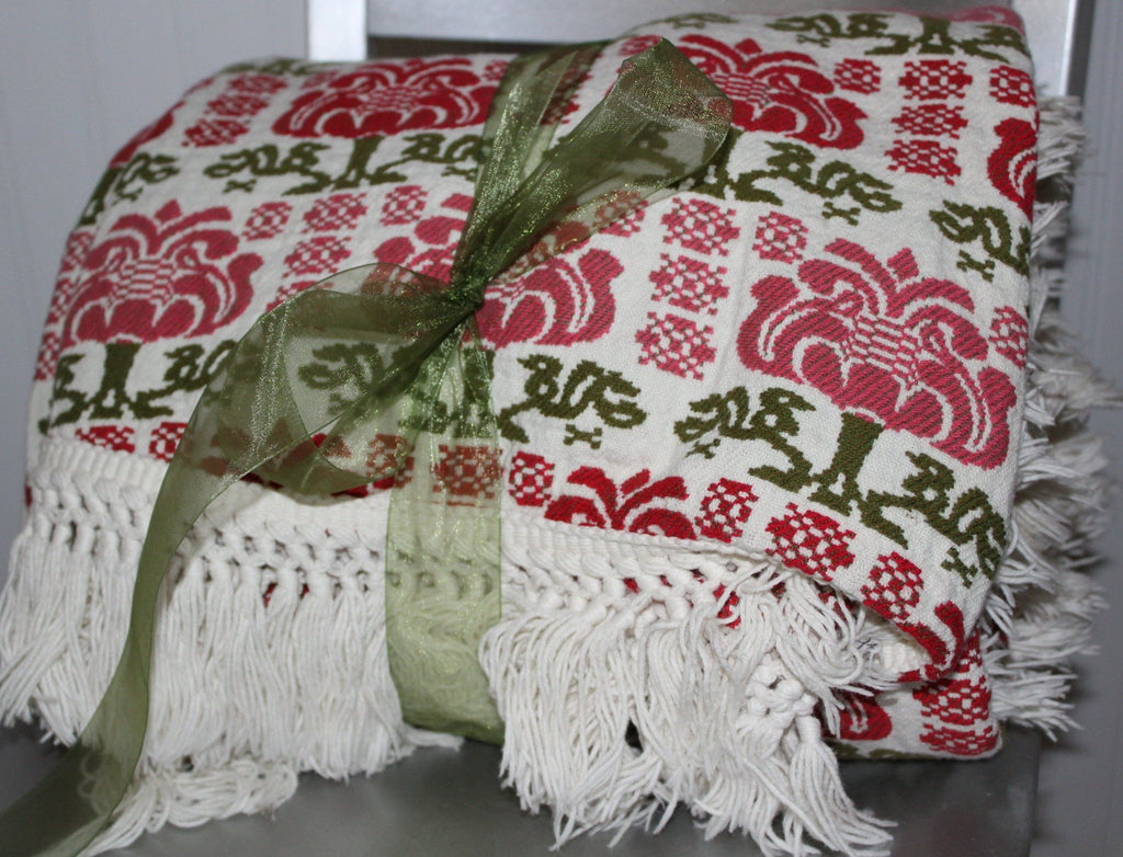 Cannon Cotton Bespread Coverlet Green Red All Year Use Heavy Washable