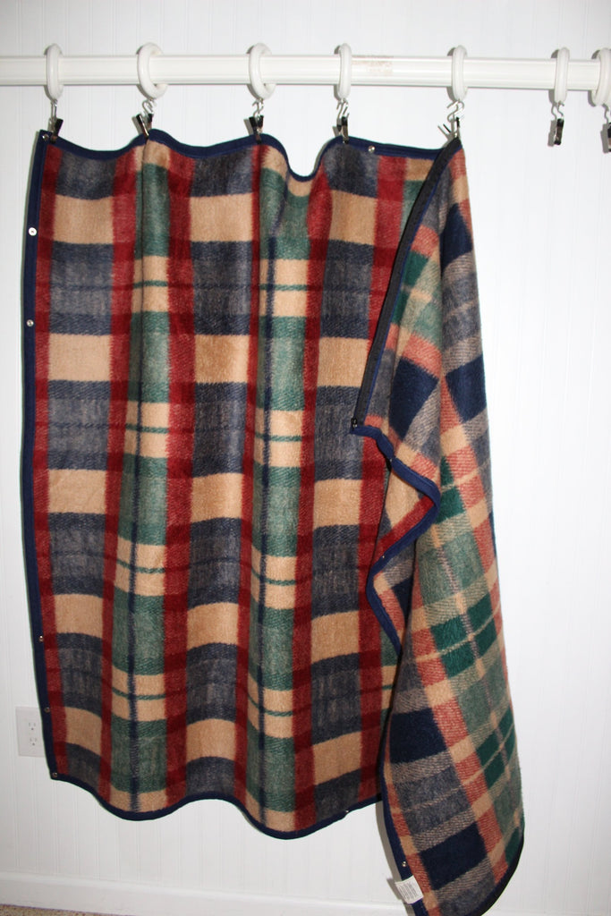 Biederlack Wearable Blanket Zipper Snaps Acrylic Poly Plaid Excellent thick