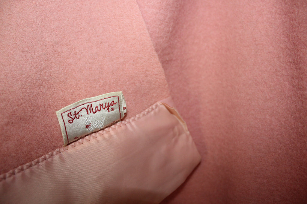 St Marys Ohio Wool Blanket Pink Pale Rose Vintage eco friendly