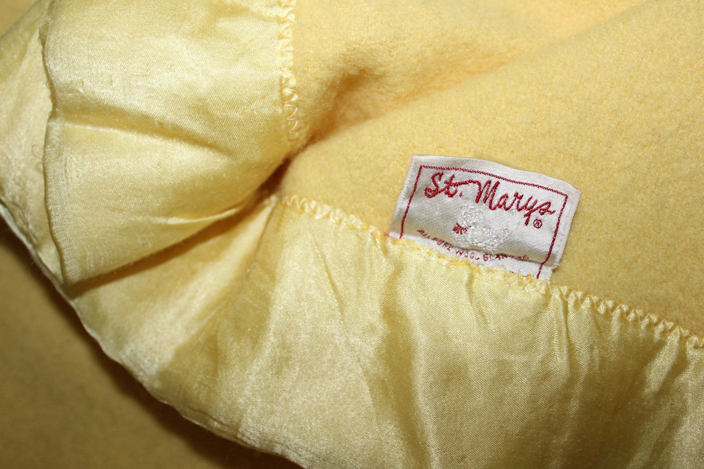 ST MARYS Ohio Blanket Butter Yellow Wool Dense Vintage collectible