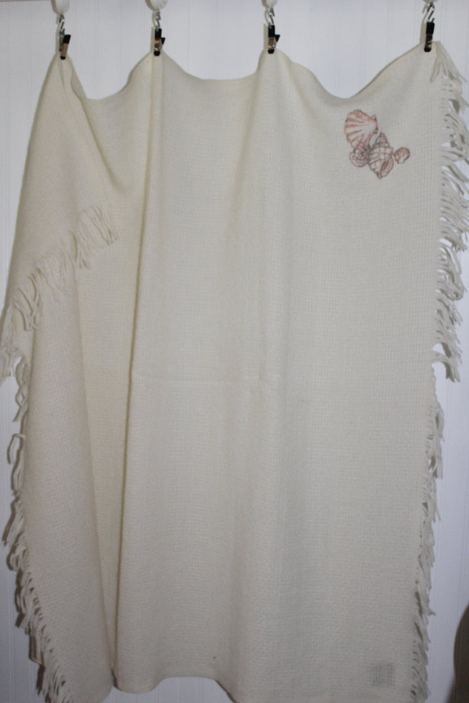 Collectible FARIBO Fringed Throw Ivory Wool Blend Seashell Embroidered Vintage rare
