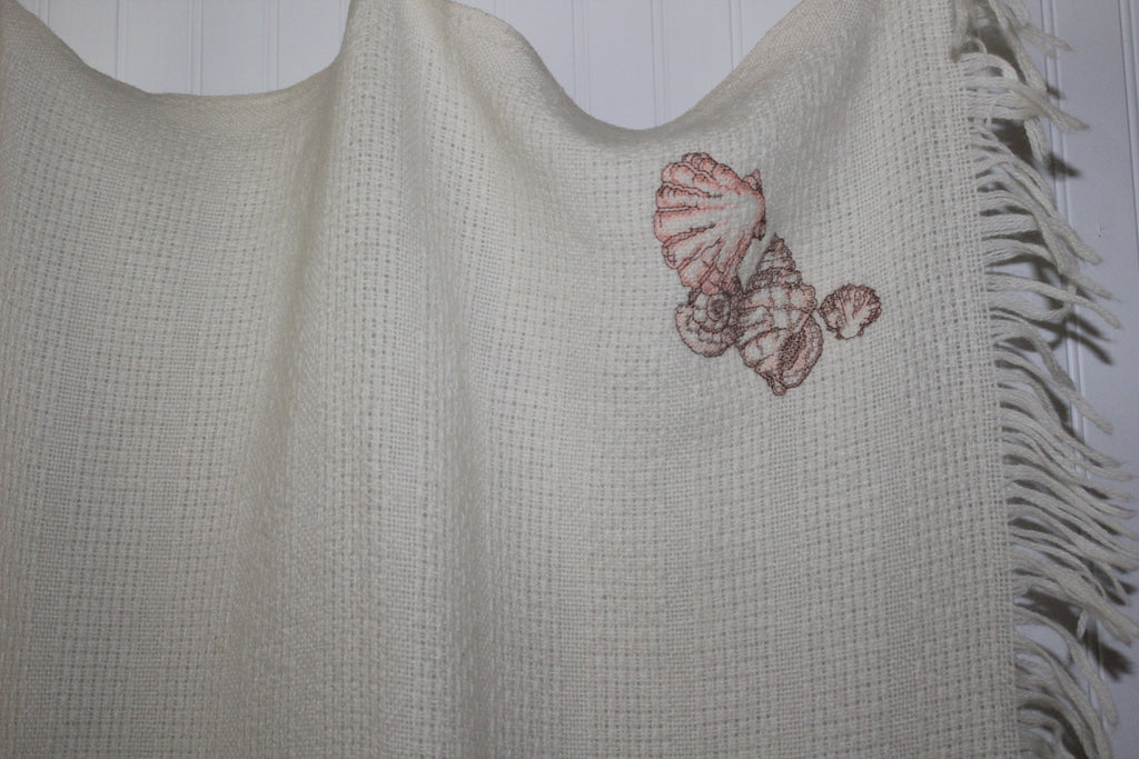 Collectible FARIBO Fringed Throw Ivory Wool Blend Seashell Embroidered Vintage washable
