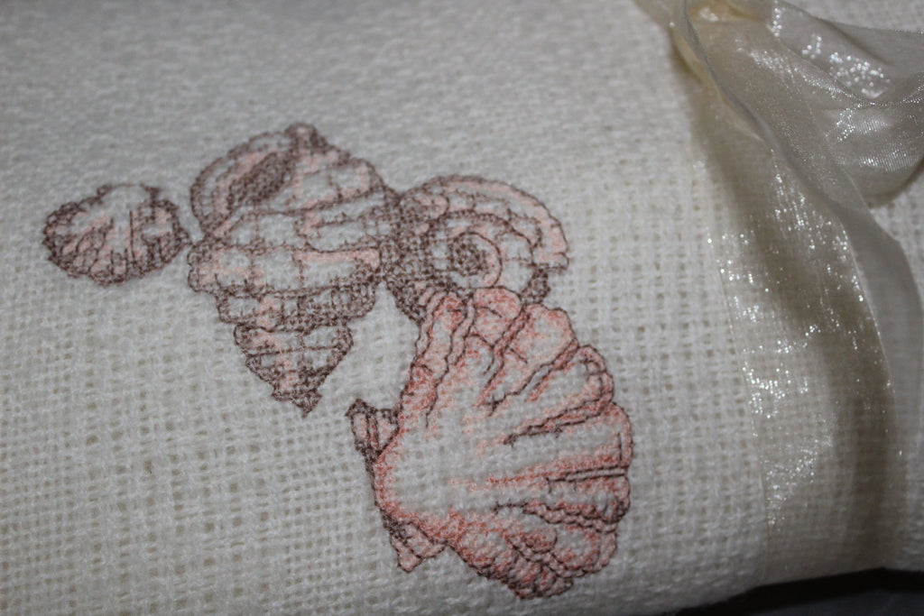 Collectible FARIBO Fringed Throw Ivory Wool Blend Seashell Embroidered Vintage gift