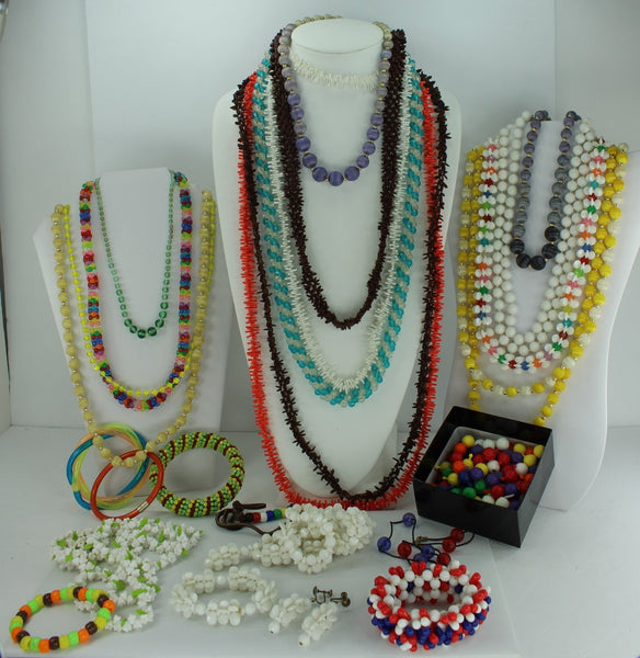 Retro Plastic Jewelry Fun Lot 25 Pieces plus Pop Beads Flower Necklace Beads Hippie Boho Party