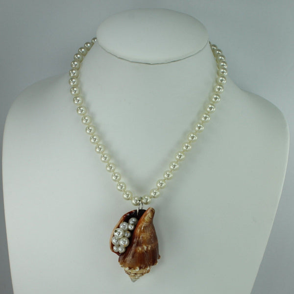 "Natural Shell Necklace Brown Fighting Conch Pearl Chain 17"" Organic Beach Party"