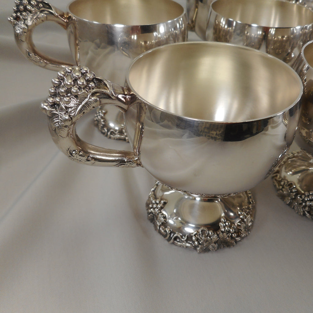 "International Silver ""Vintage"" Grapes Bunch 8 Set Punch Cups - Satin Interior"