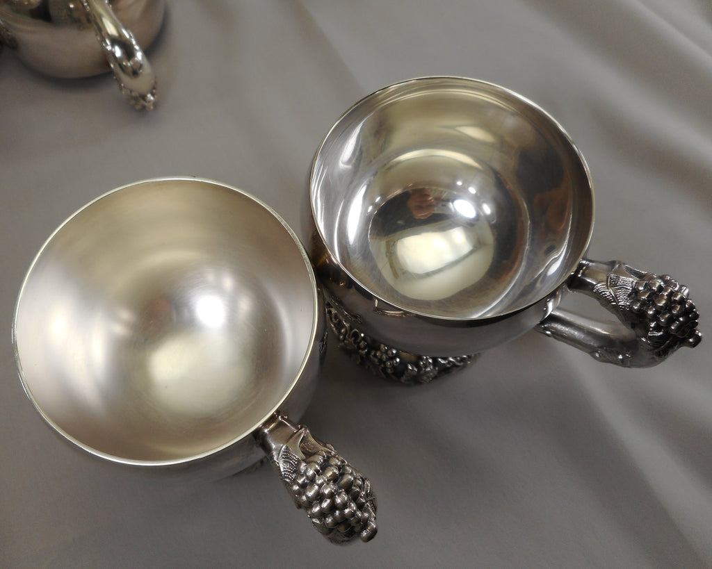 "International Silver ""Vintage"" Grapes 8 Set Punch Cups - Satin Interior - example"
