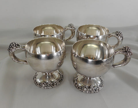 "International Silver ""Vintage"" Grapes Vine Leaves 4 Set Punch Cups - Glossy Interior"