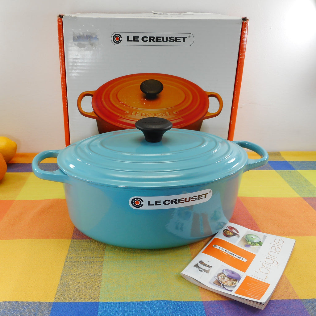 Le Creuset France Signature Turquoise Enamel Cast Iron 5 Quart Oval Dutch Oven