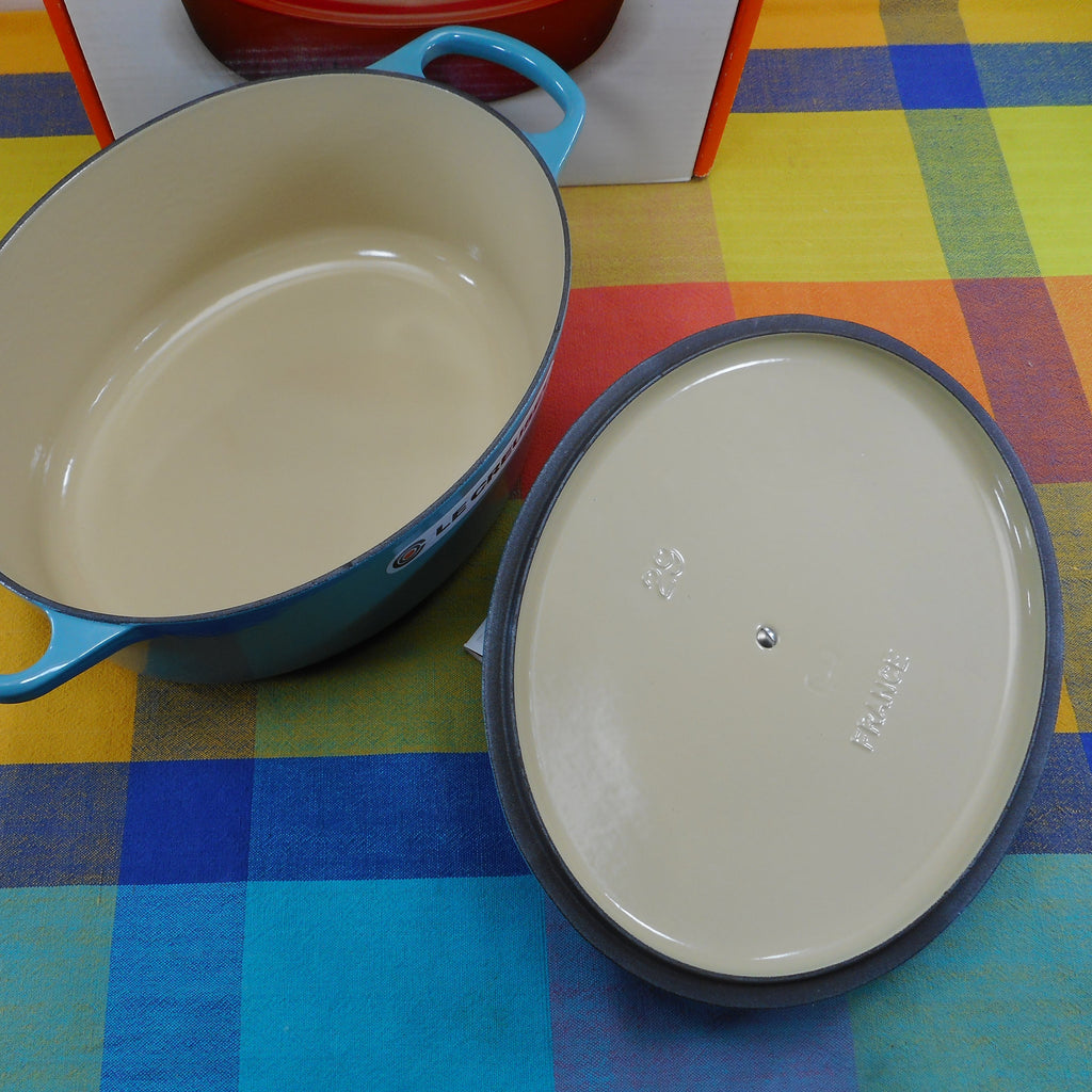 Le Creuset France Signature Turquoise Enamel Cast Iron 5 Quart Oval Dutch Oven  NOS
