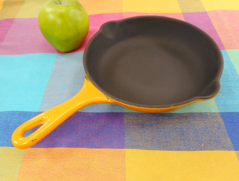 "Le Creuset France NOS Vintage Black Matt Yellow #20 7.5"" Fry Pan Skillet Enamel Cast Iron"