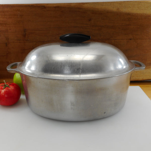 Majestic Cookware USA Aluminum Oval Roaster Pot & Lid - 6 Quart