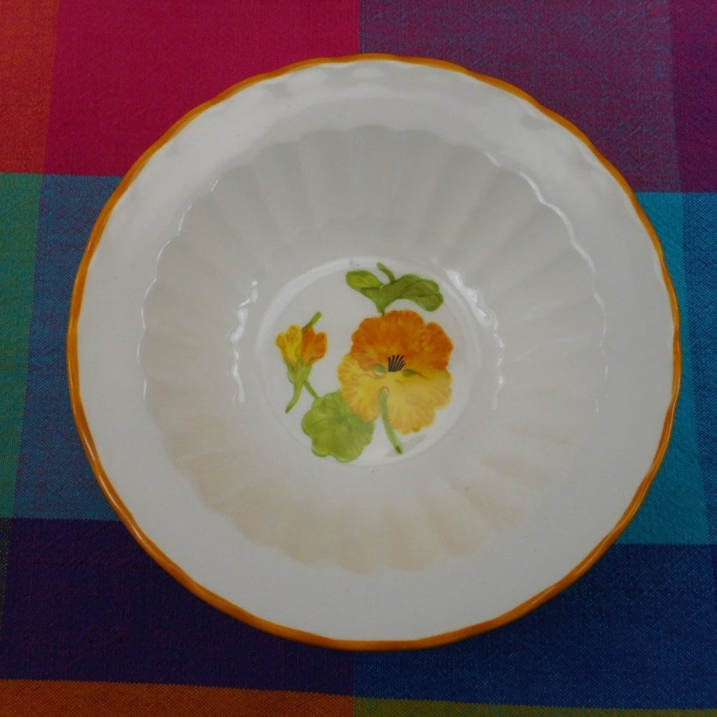 Vernon Ware by Metlox California USA... NASTURTIUM Cereal Soup Bowl 6-7/8""