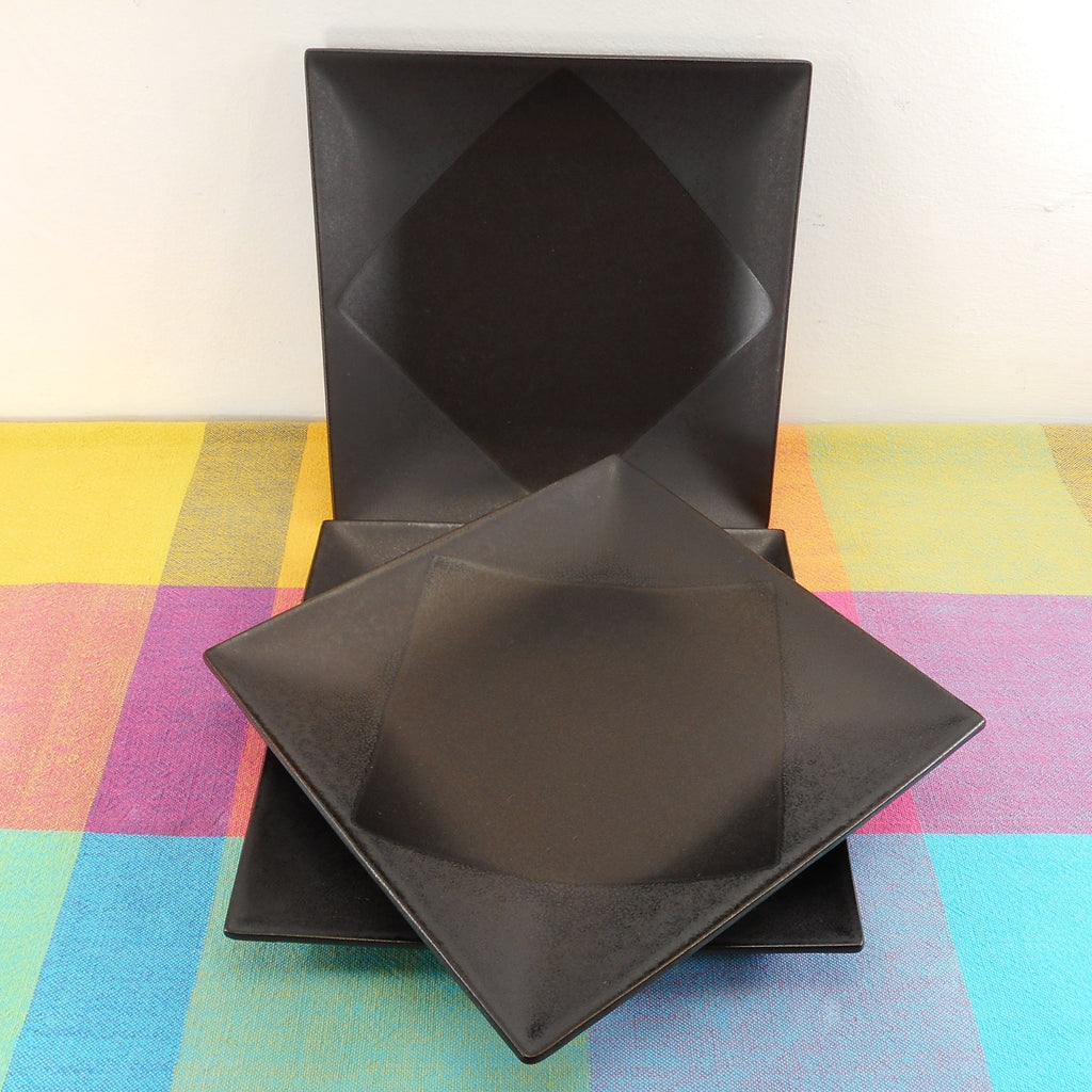 Mikasa Japan Potter's Art Dinnerware Origami Black - 3 Salad Plates Square