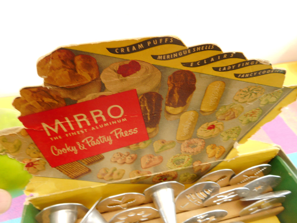 Mirro Vintage Cookie Cooky Dessert Pastry Press Set With