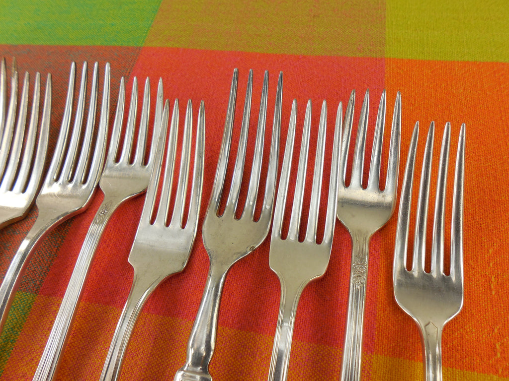 Vintage Mismatched Silverware - 10 Set Silverplate Dinner Forks - View 5