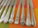 Vintage Mismatched Silverware - 12 Set Silverplate Hollow Dinner Knives - Handle View
