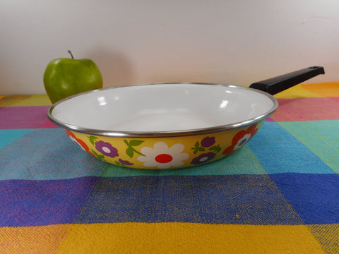 "Moneta Italy Mod Yellow Flower Power 1970s Enamelware 8.5"" Skillet Fry Pan"