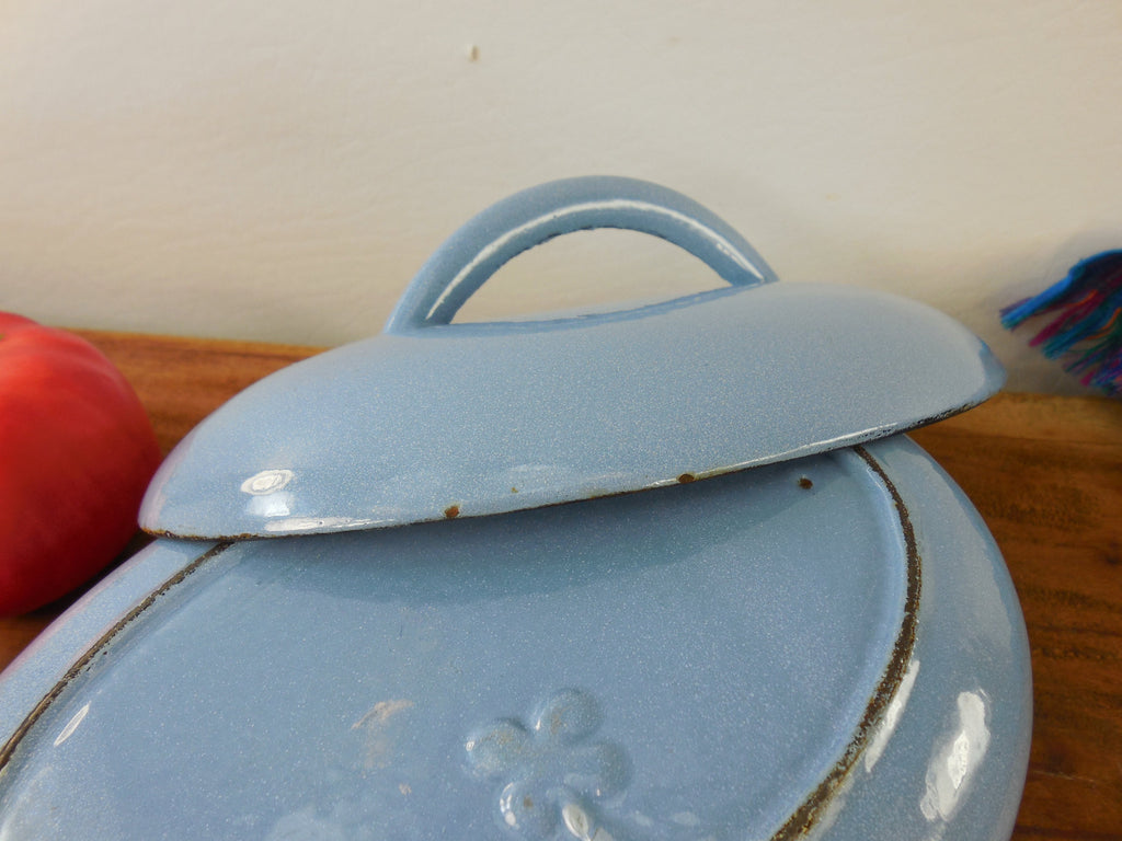 Cast Iron Enamel Oval Small Roaster Casserole Pot Lid - 4 Leaf Club Clover Maker Mark lid 3