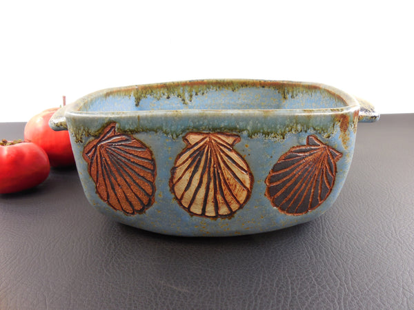 SOLD... Signed PJ Hooper 1988 Art Studio Pottery Vintage Casserole Bowl - Scallop Shells Coastal Beach Cottage