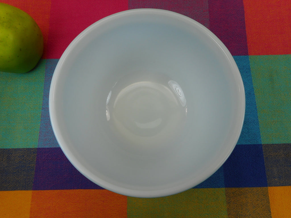Pyrex Glass Mixing Bowl - Primary Blue 1-1/2 Quart - 402 Clean Used
