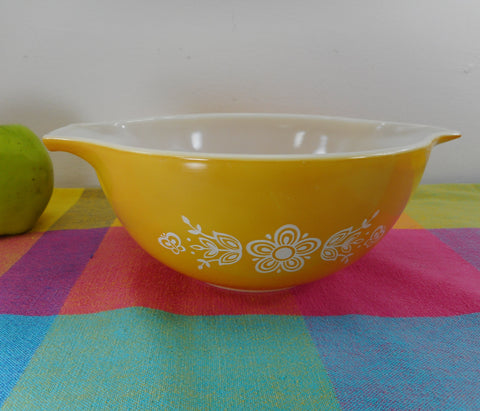 Pyrex Glass Cinderella Mixing Bowl - Butterfly Gold Pattern - #442 1-1/2 Quart