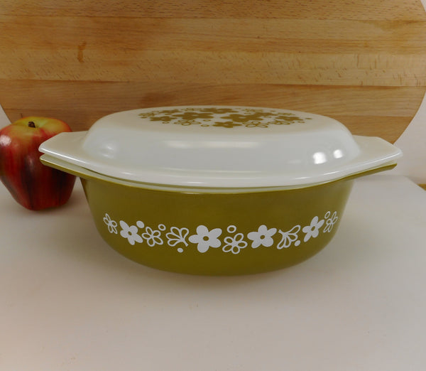 Pyrex Glass USA Crazy Daisy Spring Blossom 043 Oval Lidded Casserole Dish 1-1/2 Quart Green