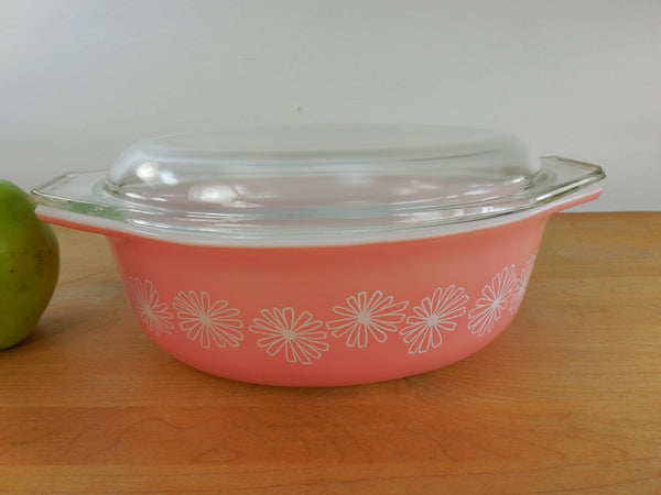 Pyrex Glass 043 Covered Oval Casserole Dish - Vintage Pink Daisy 1-1/2 Quart
