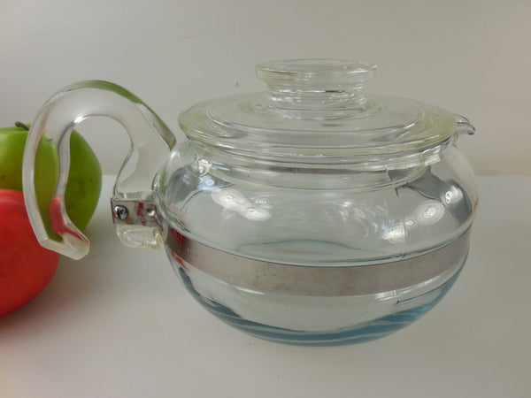 SOLD Pyrex Flameware Glass Tea Pot Teapot 8446-B... 6 Cup... Vintage Kitchenware Glassware