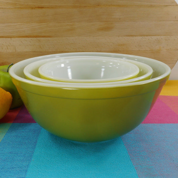 Pyrex Glass 3 Set Mixing Bowls - Verde Green 401 402 403