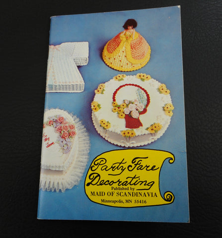 Party Fare Decorating Vintage Cookbook Booklet-  Maid of Scandinavia - Icing Cake Art