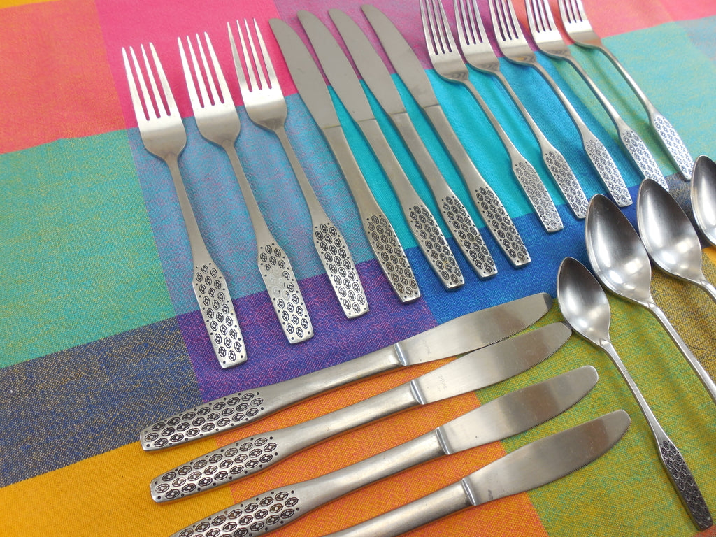 Viners Empire - Shape Pattern Stainless Flatware 20 Piece lot -  Spoon Fork Knives Empire