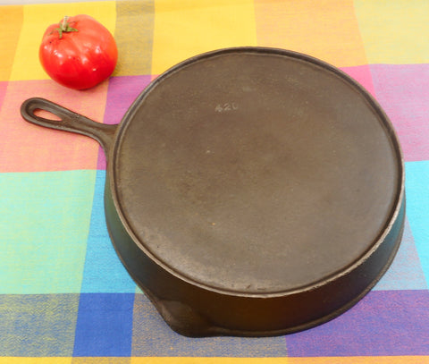 Unbranded Vintage #9 Cast Iron Skillet - Raised 420 Numbers