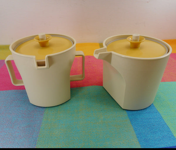 Tupperware Vintage Creamer Sugar Bowl Set- Harvest Gold Push Button