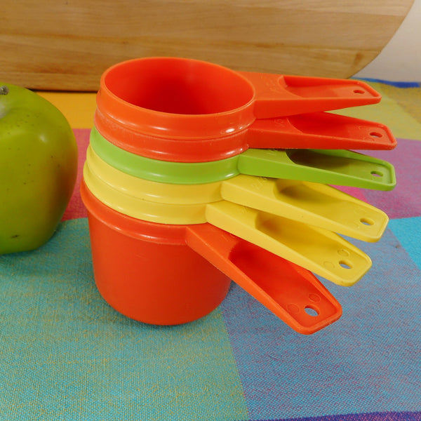 Tupperware Nesting Measuring Cup Set 6 Pieces Mix-match Colors Green Yellow Orange