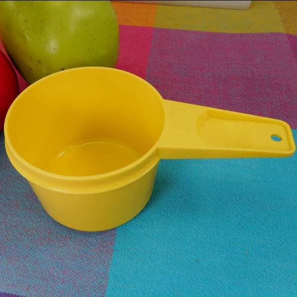 Tupperware Bright Yellow Measuring Cup - 3/4 Cup Replacement