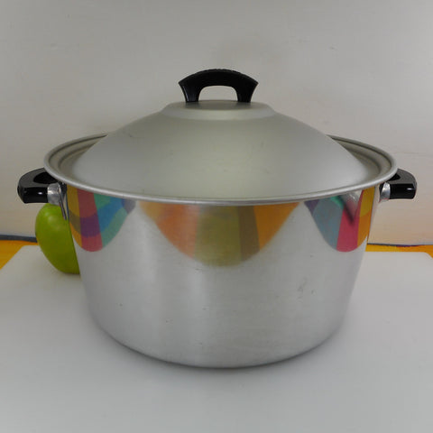Wear Ever TACU CO. USA - 8.5 Quart Aluminum Wide Stock Pot No. 728-1/2 Vintage