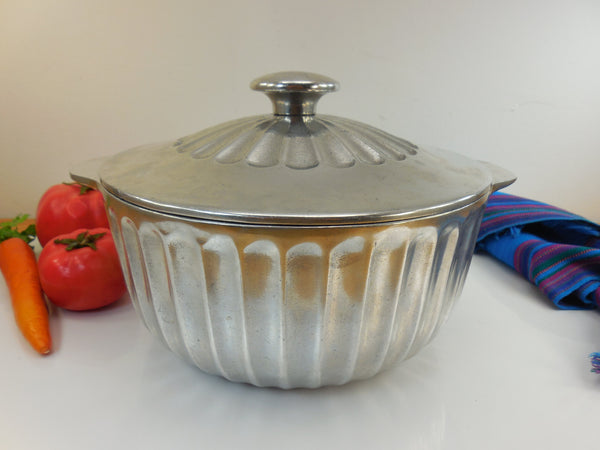 Wilton Armetale 1977 Covered Casserole Serving Bowl - Fluted Ribbed