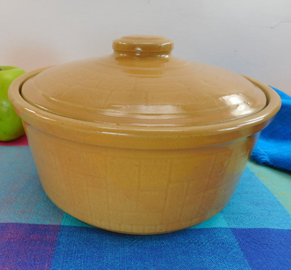 "USA Round 8"" Yellow Ware Stoneware Covered Casserole - Tile Wood Parquet Pattern"