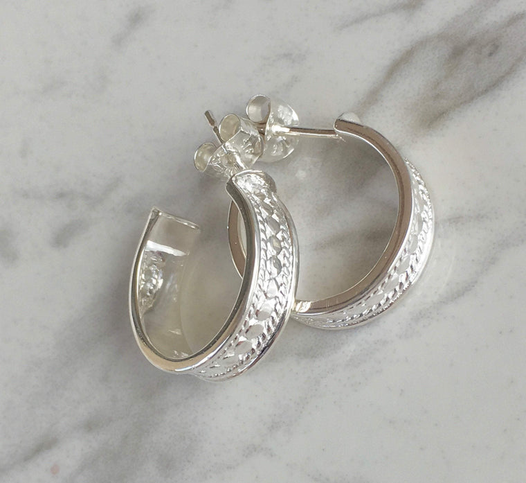 Anna Beck Women - Jewelry - Earrings Anna Beck Hoop Post Earrings - Sterling Silver Anna Beck