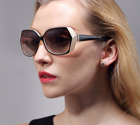 These eyewear for women are polarized sunglasses