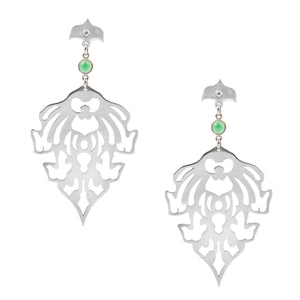 TEMPLE MOTIF EARRINGS WITH GREEN ONYX